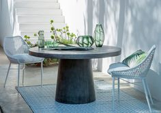 La Redoute online store, FREE Click & Collect for orders over and free returns†. Outdoor Rugs, Outdoor Tables, Outdoor Gardens, Outdoor Living, Outdoor Decor, Banquette Palette, Interior Architecture, Interior Design, Small Places