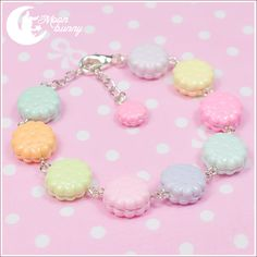 FREE GIFT with every order over 50 $ (⌒▽⌒)☆  ~ Pastel rainbow cookies Bracelet ~  Bracelet length:17 cm + 4 cm (extend chain) Materials: polymer clay  We've made our best to portray the colors of jewelry as accurately as possible, however colors will vary with individual monitors and subje...