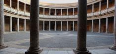 El Palacio de Carlos V rinde homenaje al famoso número con un recorrido donde se destaca la importancia de las ciencias.