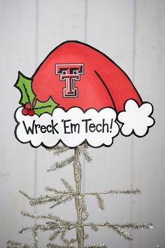 Such a cute tree topper but I'd make it Dallas Cowboys, Texas Rangers or TCU!