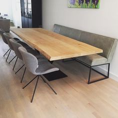 Te mooi om niet te posten tabledusud Te mooi om n Kitchen Banquette, Kitchen Benches, Dining Table With Bench, Dining Room Table, Dining Room Design, Dining Room Furniture, Open Plan Kitchen Living Room, Dining Room Inspiration, Home Staging