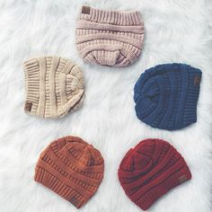 🚨‼️Knit Beanies Only $7 During Black Friday Sale‼️🚨 #shorelinesugars #blackfriday #sale #fashion #boutique #onlineboutique