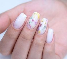 White Nails And Dry Flower Mani Outstanding Short Coffin Nails Design Ideas F Flower Nail Designs, Short Nail Designs, Wedding Nail Polish, Encapsulated Nails, Nail Polish Designs, Nails Design, Gel Polish, Floral Nail Art, Milk Bath