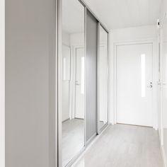 White and light gray for small rental apartment #asuntosijoittaja #vuokranantaja #kassavirta #arvonnousu #tavoitteet #asukaskokemus #taloudellinenriippumattomuus #passiivinentulo #realestateinvestor #rentalapartment #cashflow #goals