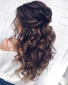 Long half up half down wedding hairstyles from mpobedinskaya #wedding #weddings #weddinghairstyles #weddingideas #deerpearlflowers