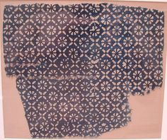 Fragment Date: 13th–14th century Geography: India Culture: Islamic Medium: Cotton; block-printed and resist-dyed