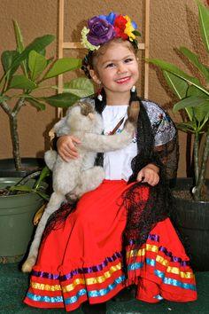 Halloween costume 2013 Frida Kahlo and her monkey