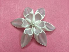 DIY Ribbon Flower - Createsie