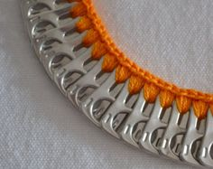 Tire las lengüetas collar hecho a mano por dArt66 en Etsy
