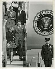 President Ronald Reagan, Nancy Reagan, Norma Lagomarsino, and Robert J. Lagomarsino disembarking Air Force One.