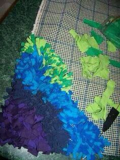 Making rug from old t shirts