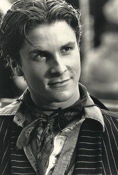 Christian Bale in Newsies!!!!! Looooveeee this movie (and him) :)