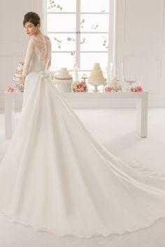 2016+Bateau+Wedding+Dress+A+Line+Lace+Bodice+With+Handmade+Flower+And+Ruffle+Organza
