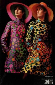 Jeanne Lanvin Colourful fashion designs The fashion trends lead to lots of psychedellic prints and patterns, designers played with bold colors and Moda Vintage, Vintage Chic, Looks Vintage, Vintage Inspired, 60s And 70s Fashion, Fashion Mode, Vintage Fashion, Fashion Tips, Fashion Design