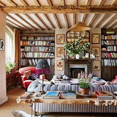 Bravo @amandacbrooks @amytastley @archdigest @obertogili this coast layered living room is packed with personality
