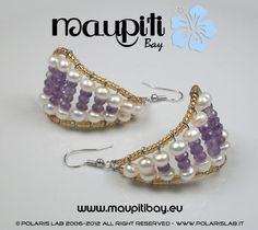 Orecchini con ametista naturale e perle bianche.  Earrings with natural amethyst and pearl white.