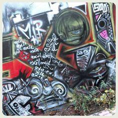 #streearteverywhere#streetart#graffiti#urbanwalls#urbanart#instagraffiti#instagraff#wallart#graffitiart#graffitiporn#thisisstreetart#streetartphoto#streetartistry#streetartist#streetartphotography #streetartparis19 #streetartparis #wallartparis #arturbain #artstreet #arturbainparis #ig_paris #igparis #picoftheday #photodujour