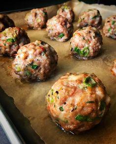 Wonton Meatballs - Nom Nom Paleo®(Whole 30 Recipes Meatloaf) Samosas, Empanadas, Nom Nom Paleo, Paleo Recipes, Asian Recipes, Cooking Recipes, Ethnic Recipes, Pork Recipes, Paleo Meals