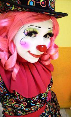 Her makeup is so cute