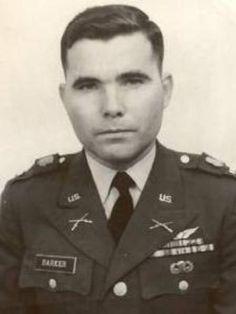 Virtual Vietnam Veterans Wall of Faces   JACK L BARKER   ARMY