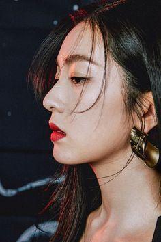 Red Velvet アイリーン, Irene Red Velvet, Velvet Style, Kpop Girl Groups, Korean Girl Groups, Kpop Girls, K Pop, Red Valvet, Singer Fashion