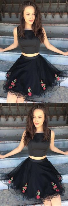 Two Piece Square Short Black Tulle Homecoming Dress with Appliques