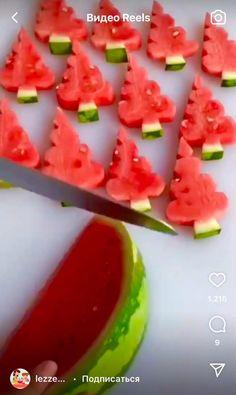 Easy Food Art, Food Art For Kids, Diy Food, Creative Food Art, Amazing Food Decoration, Amazing Food Art, Fruit Creations, Food Carving, Food Garnishes