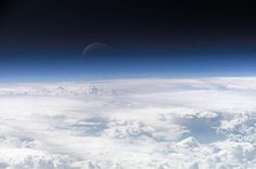 Will, a little bit of perseverance and good organisational skills – that is what seems to have been enough for 16-year-old Karol Wojsław from Swarzędz to construct a space probe and release it into the stratosphere. The young man designed the probe with measuring devices on his own and then released it into the atmosphere. …