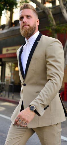 Now this is a dapper gentleman. Beard, suit and style. #handsomesacue #beards #beardedgentleman