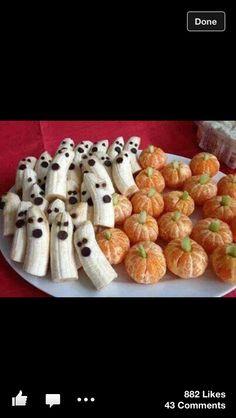 Brunch d'Halloween avec bananes et clémentines