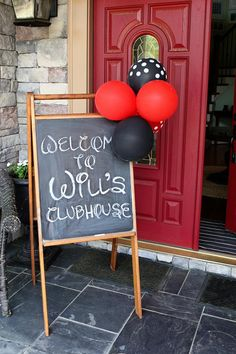 Mickey Mouse Birthday Party entrance decorations Mickey Mouse Clubhouse Party, Mickey Mouse Parties, Mickey Mouse Birthday Party Ideas, Mickey Mouse Balloons, Mickey 1st Birthdays, Mickey Party, Minnie Mouse, Minnie Birthday, Boy Birthday Parties