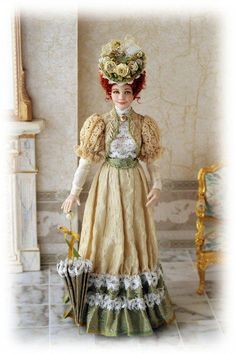Victorian dressed doll, Porcelain by CDHM Artisan Elisa Fenoglio IGMA… Victorian Dolls, Antique Dolls, Vintage Dolls, Victorian Ladies, Victorian Dollhouse, Modern Dollhouse, Vintage Paper, Dollhouse Dolls, Miniature Dolls