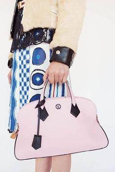 3caf824cc0a2 Borse Louis Vuitton primavera 2015 pastello Latest Handbags