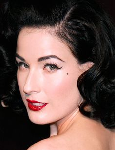 Indian Beauty Central: DITA VON TEESE CLASSIC PIN UP GIRL