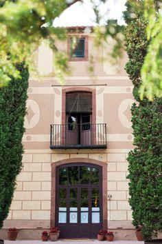 Interior o exterior, todos los espacios de Masia Ribas son especiales. ¿Quieres descubrirlos?  #masia #barcelona #eventos