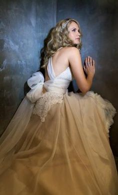 Amy michelson gown amy michelson bridal pinterest amy used amy michelson wedding dress the grace size 6 get a designer gown for junglespirit Image collections