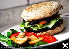 Tomaten - Auberginen - Avocado - Burger, ein leckeres Rezept aus der Kategorie Frühstück. Bewertungen: 299. Durchschnitt: Ø 4,6.
