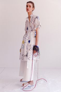 Ports 1961 Resort 2016 - Collection - Gallery - Style.com http://www.style.com/slideshows/fashion-shows/resort-2016/ports-1961/collection/8