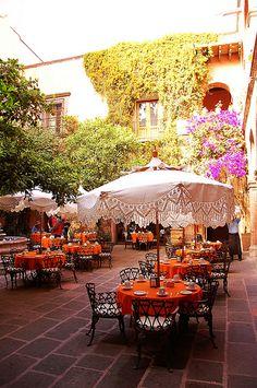 Charming courtyard dining at the Posada Carmina Hotel.  San Miguel de Allende, Guanajuato, Mexico