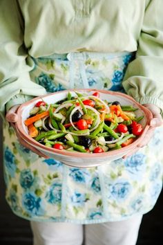 Check out what I found on the Paula Deen Network! Summer Vegetable Salad http://www.pauladeen.com/summer-vegetable-salad