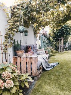 The most beautiful ideas for your garden, your terrace and your balcony – from … – Garten, Balkon & Terrasse – Gestaltungsideen – patio Design Jardin, Modern Garden Design, Garden Care, Balcony Garden, Garden Inspiration, Garden Furniture, Outdoor Gardens, Outdoor Living, Planters
