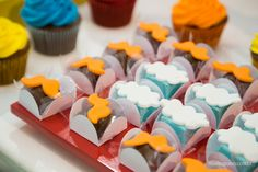 Festa do Mundo Bita   Andrezinho   2 anos   Gamebox Chocolates, Kairo, Decoration, Cupcakes, Lucca, Birthday, Party, Desserts, Party Snacks