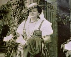 Leonor-Monteverde2.jpg (248×198)