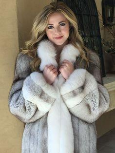 Melissa Benoist in blue fox fur by FurHugo on DeviantArt Black Fur Coat, Fox Fur Coat, White Fur, Fur Coats, Fur Fashion, Winter Fashion, Fabulous Fox, Fur Clothing, Great Women