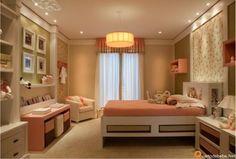 Quartos e Etc - Quarto de menina rosa e verde, exposto na Quarto e Etc é estilo contemporâneo. Esse quarto de menina rosa e verde foi inspirado na Suri que é