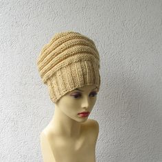 Beige Slouchy Beanie Hat Mens Slouchy Dreadlock by AlbadoFashion Slouchy Beanie, Beanie Hats, Knitted Hats, Crochet Hats, Dreadlock Accessories, Cool Hats, Hair Designs, Dreads, Crochet Clothes