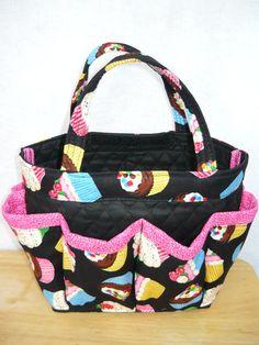 free bingo tote bag patterns to sew - Yahoo Image Search Results Bag Pattern Free, Bag Patterns To Sew, Sewing Patterns, Bingo Bag, Bingo Dabber, Tote Handbags, Tote Bags, Diaper Bag, Organizers
