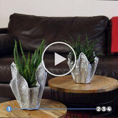Amazing Things You Can Do With Cement Coisas incríveis que você pode fazer com cimento 4 beautiful home decorating ideas using cement. Diy Crafts Hacks, Diy Home Crafts, Diy Arts And Crafts, Garden Crafts, Diy Crafts To Sell, Garden Art, Garden Mesh, Garden Ideas, Garden Design