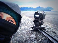 Do you need a video and DSLR slider that doesn't care about icy weather? SmartSLIDER PRO is the right professional slider for your camera. In this picture Beatrice Quadri brought it in Iceland www.smartsystem.it