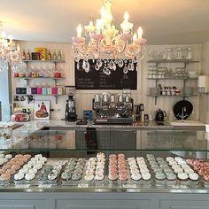 Serenity cupcakes bakeries & more cake shop design, cake shop interior, Cake Shop Design, Coffee Shop Design, Bakery Design, Design Design, Cupcake Shop Interior, Bakery Interior, Bar Deco, Deco Cafe, Bakery Decor